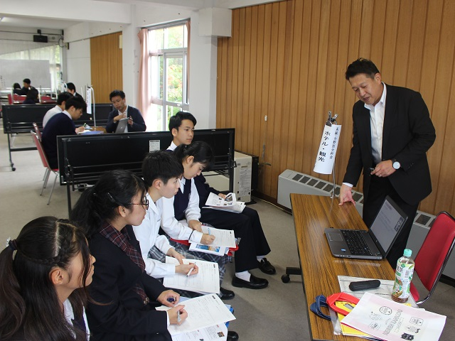 news2019_1003_bunnyabetsubunnkakai_03