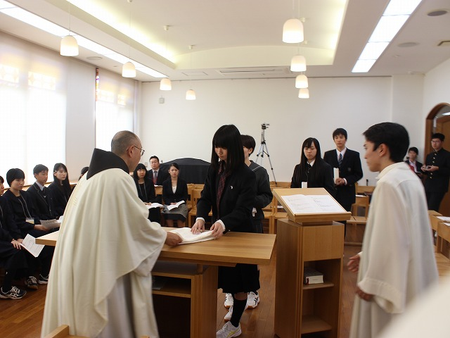 news2019_1010_catholicstu05