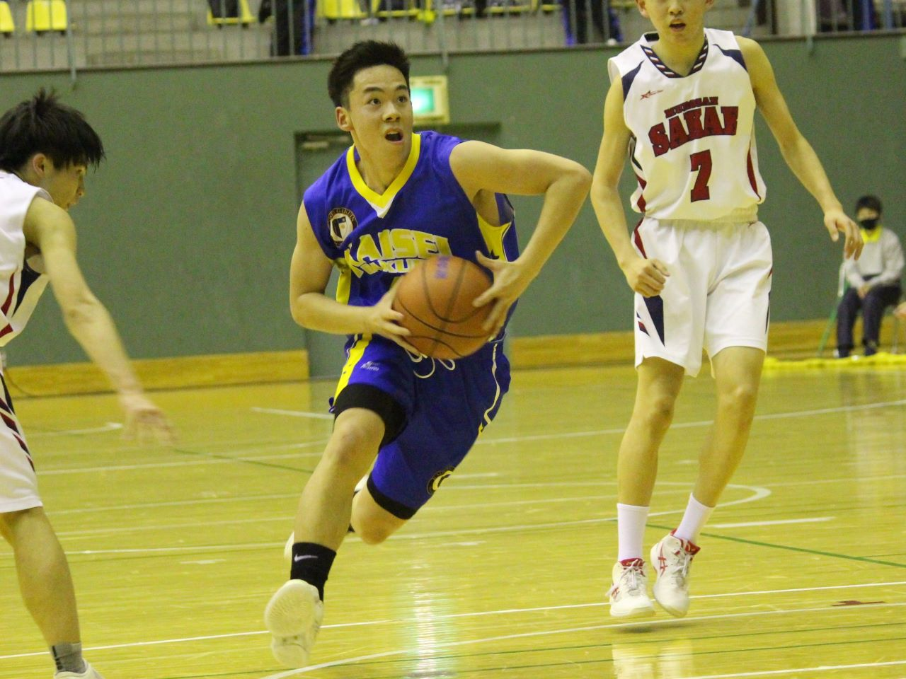 news2021_0418_basketballspring01-s